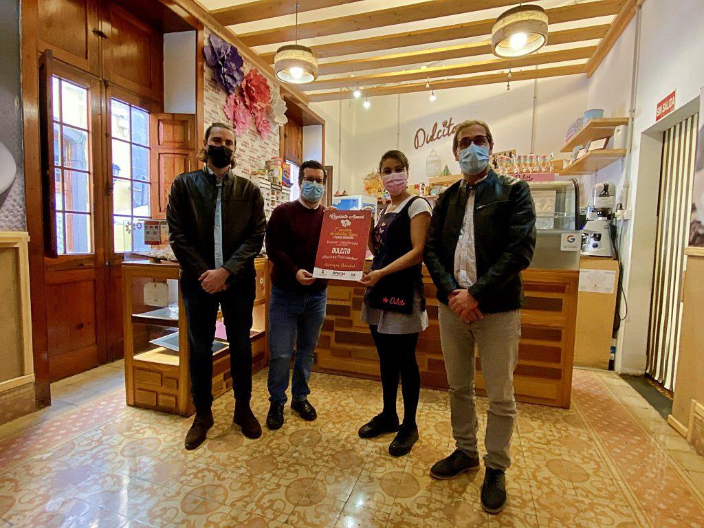 Entrega de los premios de los diferentes concursos celebrados por la campaña navideña «Regálate Arucas»